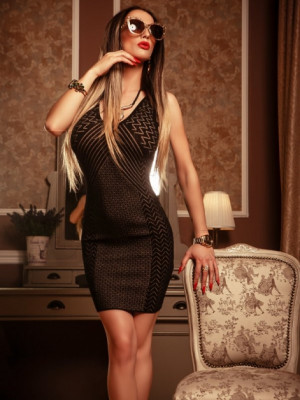 Girl Escort Michele & Call Girl in Geneva